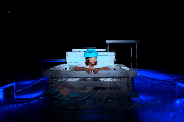 BOAT, Theatre N16 (c) Shawn Soh (1)
